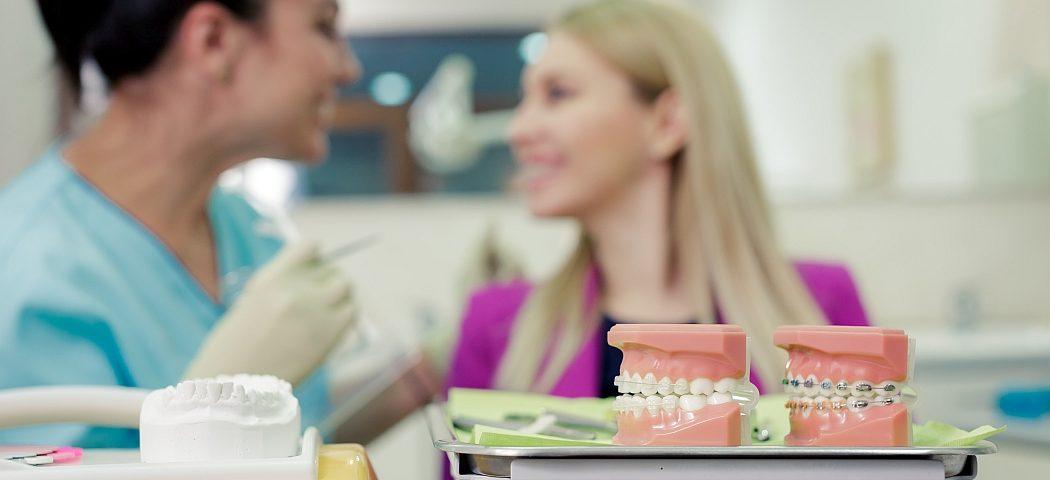 Sfaturi pentru pacientii purtatori de aparate ortodontice